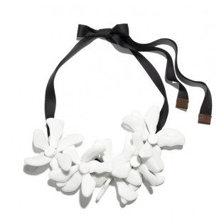 Колье MARNI at H&M Capsule Collection white flowers